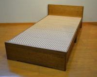 規格製品の桐ベッド